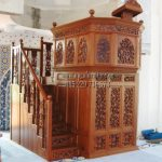 Mimbar Khutbah Masjid Tingkat