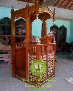 Masjid Mimbar Kubah Jati ukir