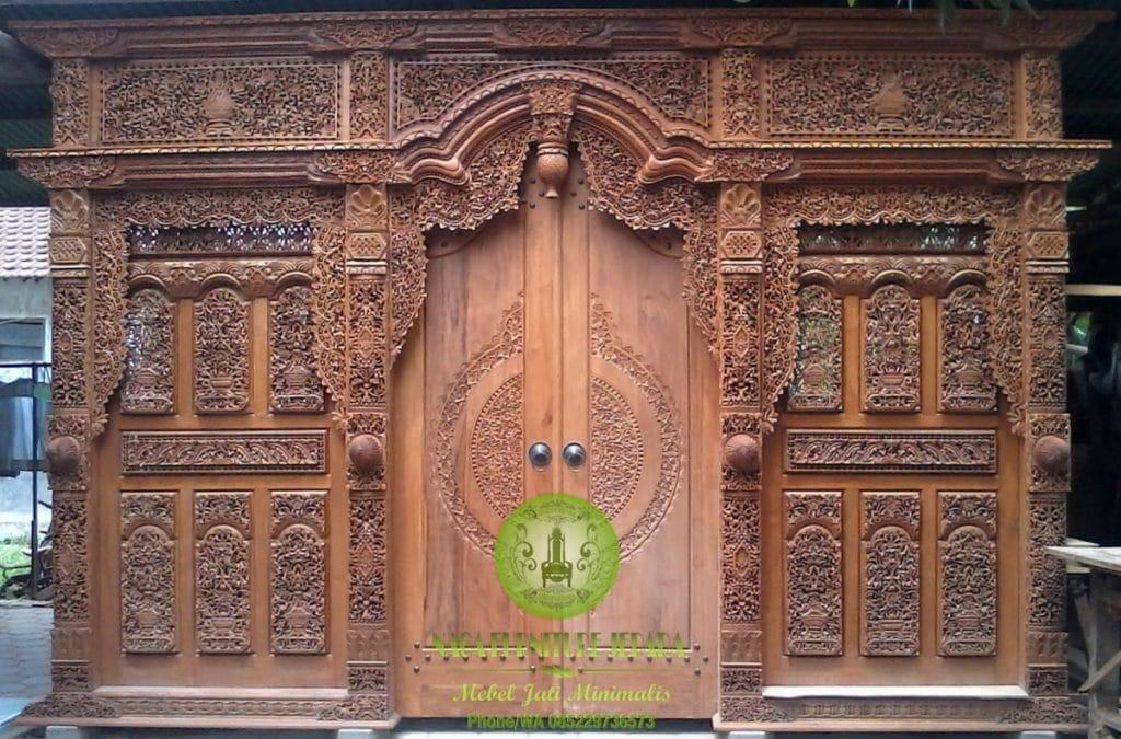 gambar pintu gebyok antik jati jepara