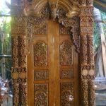 pintu gebyok rumah joglo kudusan