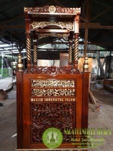 harga mimbar masjid ukiran arab mewah modern