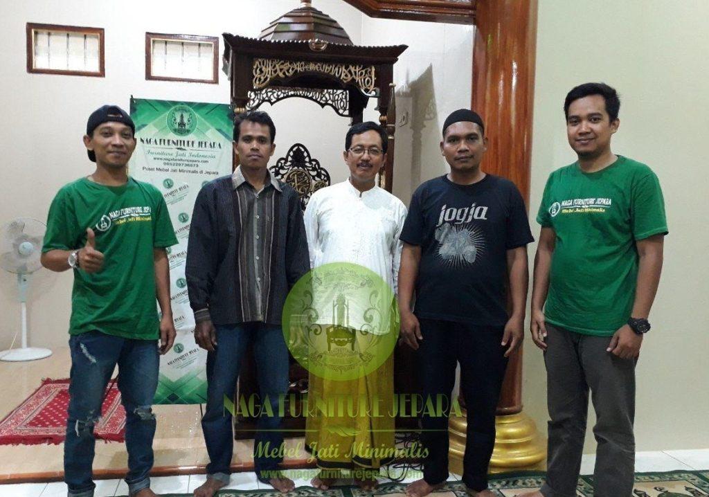 pengiriman mimbar masjid ukir kaligrafi jepara naga furniture jepara