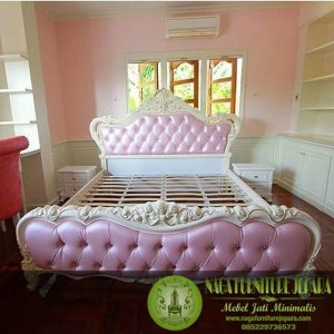 Tempat Tidur Jok Mewah Warna Pink Putih Ukiran Jepara Termurah