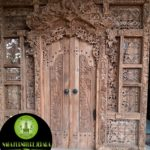 gambar ukiran pintu gebyok Bali antik